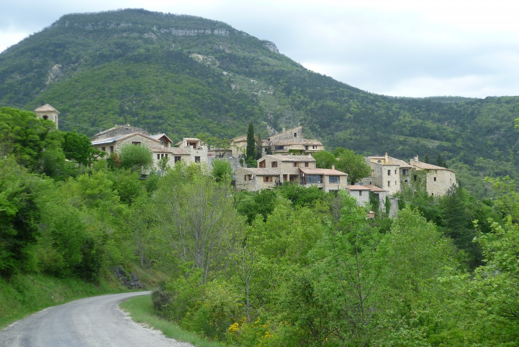 The road to Montaulieu