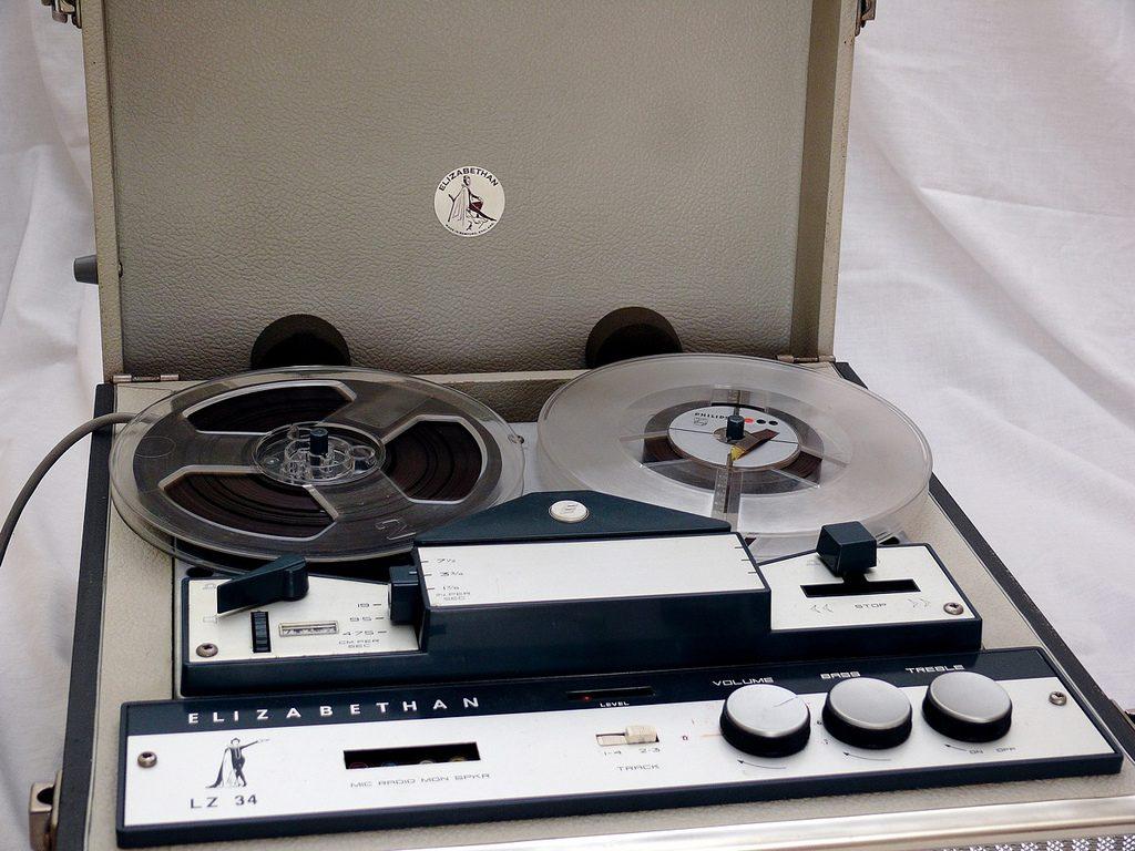 Elizabethan LZ34 Reel to Reel Tape Recorder